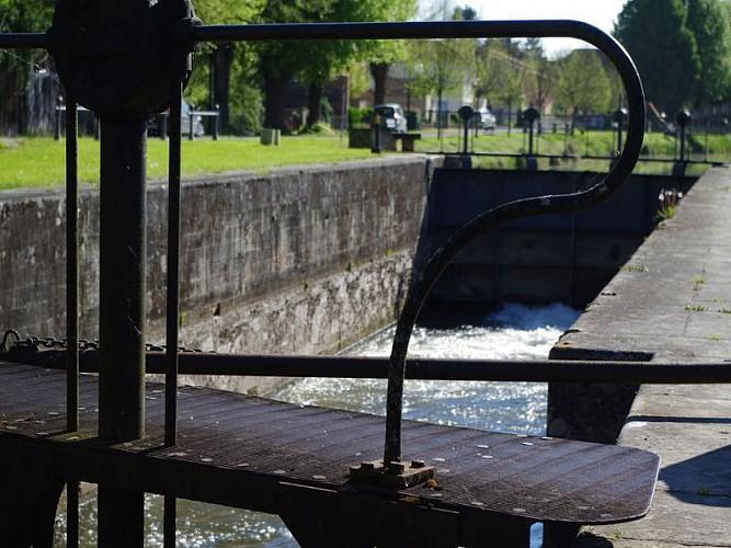 Lalinde bastide anglaise en bord de rivière