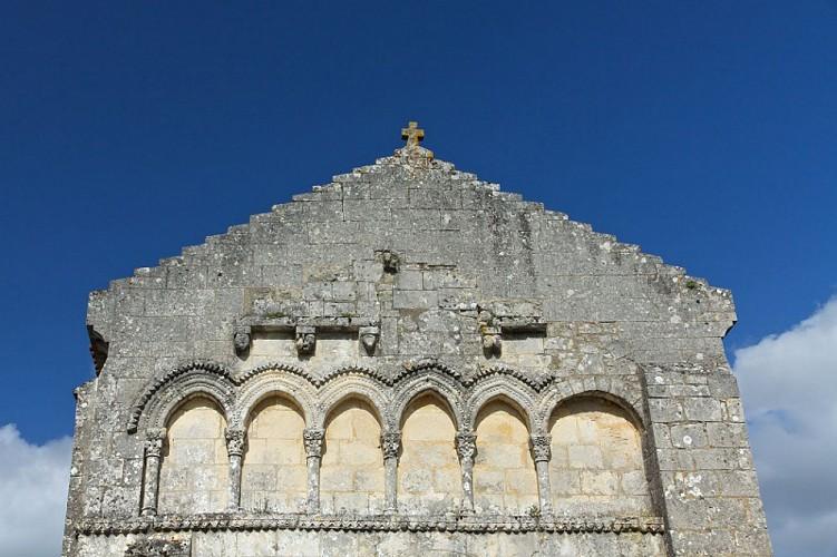 Eglise des Graulges façade