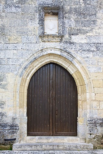 Eglise Saint-Pantaléon (Valeuil) portail
