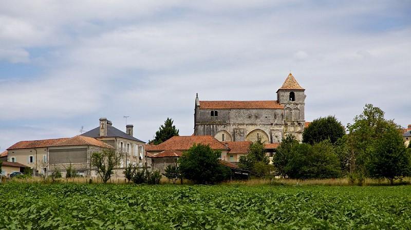 Eglise Saint-Maurice (Léguillac-de-Cercles)