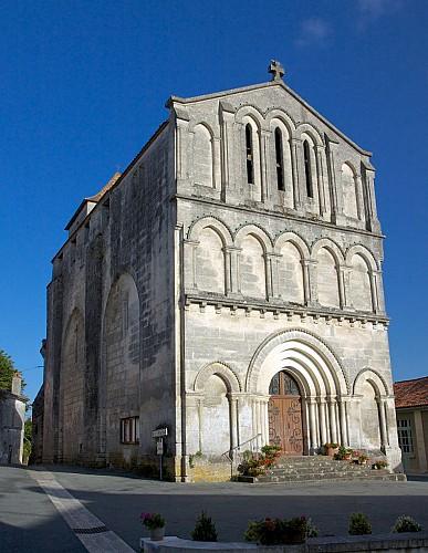 Eglise Saint-Maurice (Léguillac-de-Cercles) portail