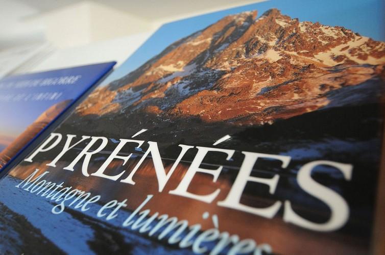 Médiathèque de la Montagne - Pau - Focus livre Pyrénées