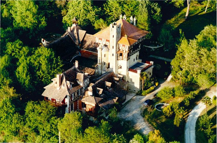 Chateau-Mounet-Sully-Peslerbe--1-