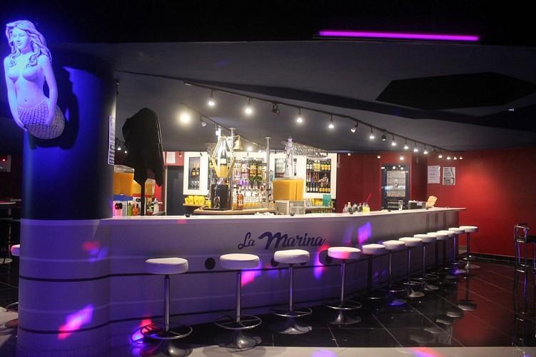 bar de la MARINA