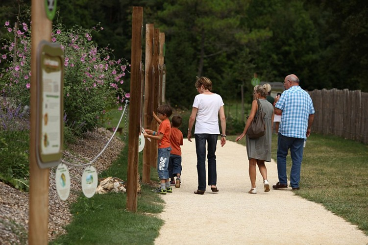 jardin grotte de Villars1