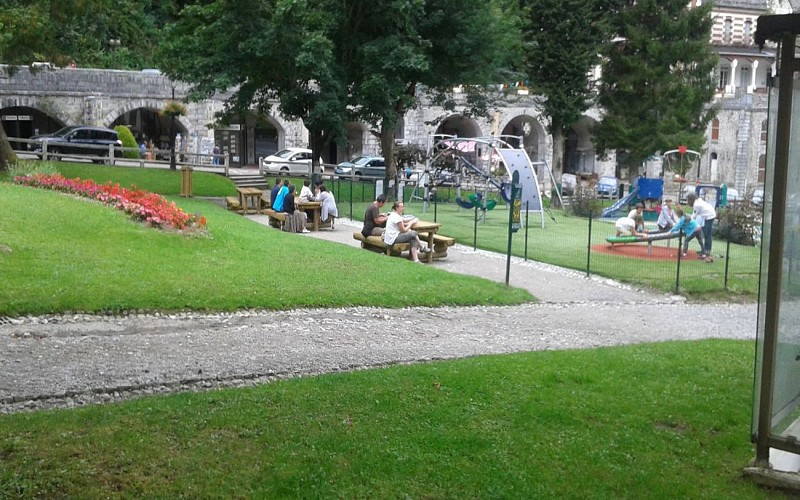 AIRE PIC NIC JARDIN20150815_155428