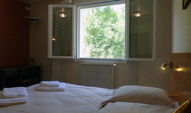 Chambre-hotes-Mateo-chambre-bis-3-Hopital-Saint-Blaise-64130