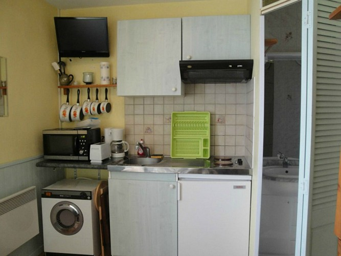 Studio Ferrin - Salle d'eau et cuisine