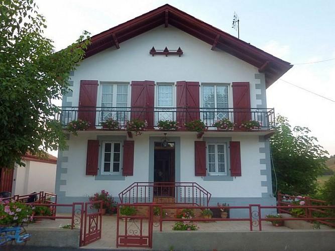 Appartement-Ybargaray-maison---Lacarre