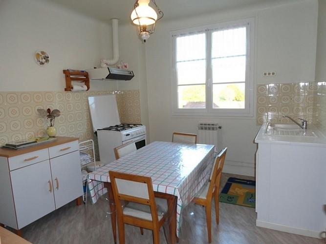 Appartement-Ybargaray-cuisine-autre-vue---Lacarre