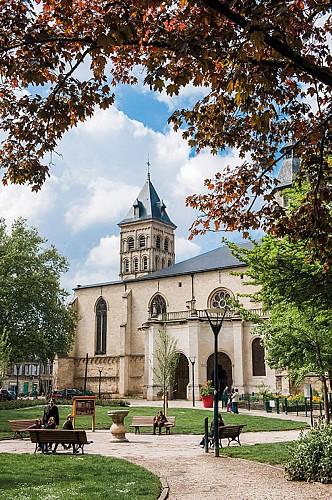 BC02_CHURCH_StSEURIN_VB_048