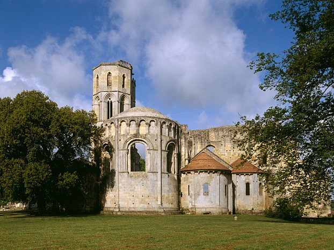 La-Sauve---Abbaye-de-La-Sauve-Majeure-4