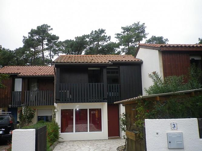 Villa mitoyenne Djellilahine ANG1105