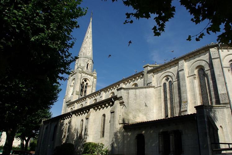 Eglise extérieur ©J Rouquette Office de Tourisme Arès