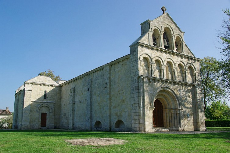 Eglise_notre_dame_de_Benon