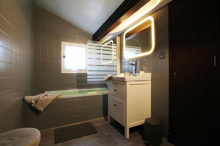 Appartement Videgain salle de bain - St Jean Pied de Port