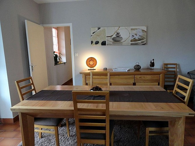 Location Biscaichipy - 03 - Salle à manger - Ispoure