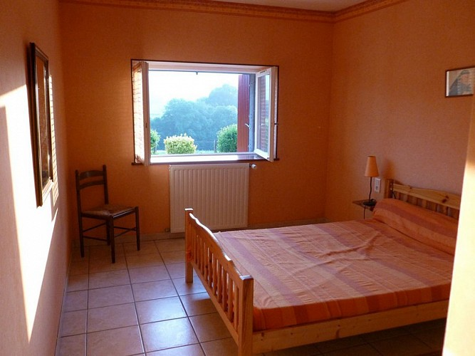 chambre_orange_g_te_2_[1]