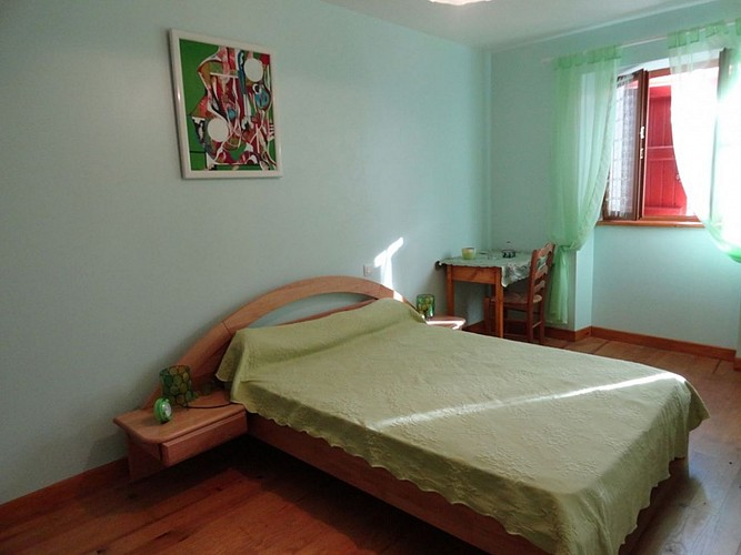 Location Trounday - 14 - Chambre lit double vert - Ossès