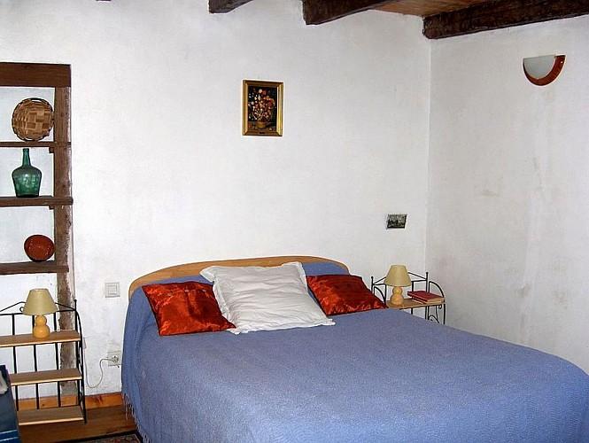 Location Castorène - Chambre bleue lit double - Banca