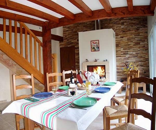 Maison Pagoa Domaine Harrieta salon - St Jean Le Vieux