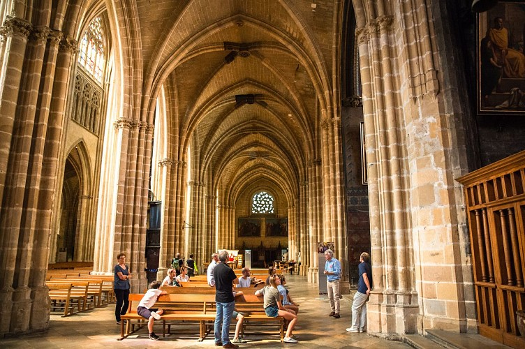 VG-Groupe-Cathedrale-2-MP