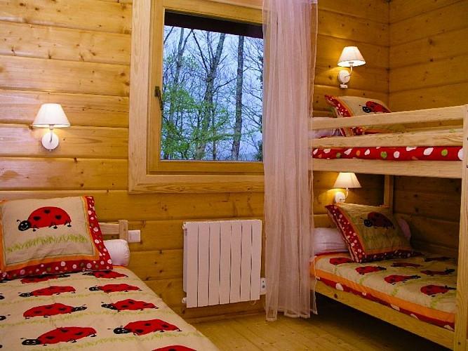 Maison Durruty chambre trois lits - Osses