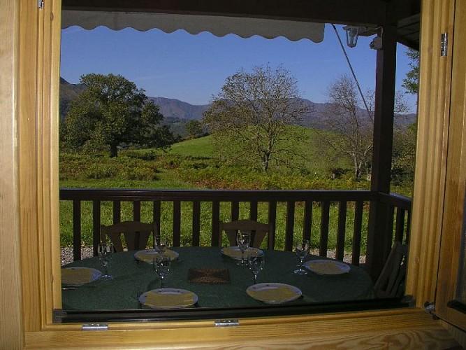 Maison Durruty table terrasse - Osses
