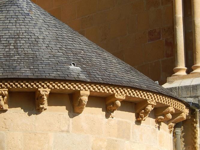 modillons cathédrale de Lescar