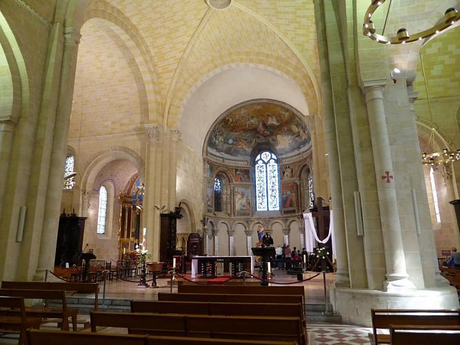 nef cathédrale de Lescar