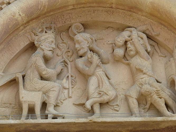 Morlaàs, église sainte Foy, détail d'un vitrail de Mauméjean