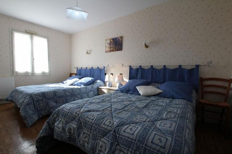 Maison Bidart chambre deux lits - Lasse