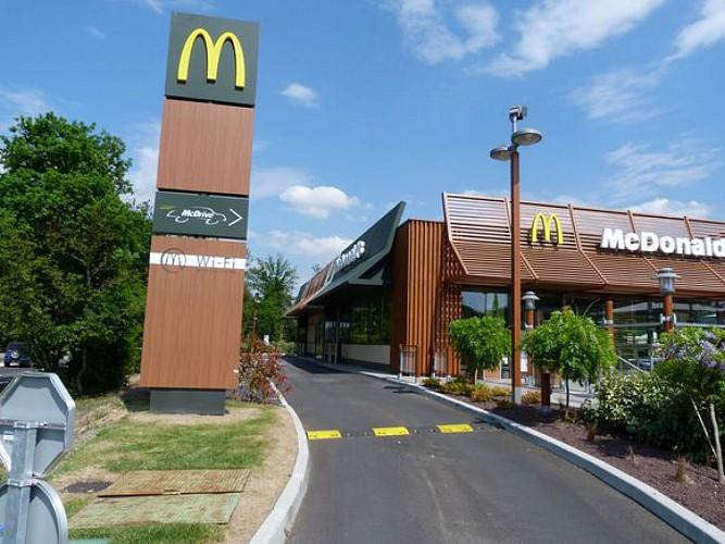 Restaurant Mac donald's 2