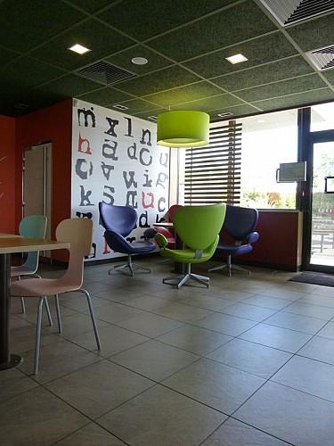 Restaurant Mac donald's 3