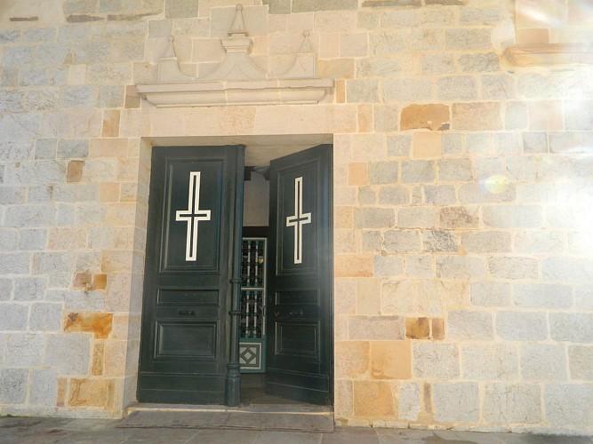 EgliseStPierre-Entrée