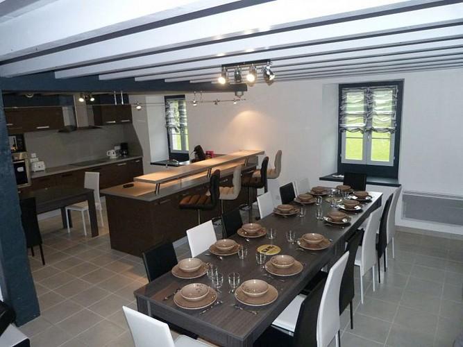 Location Arhancet - Cuisine et salle à manger - Bussunarits