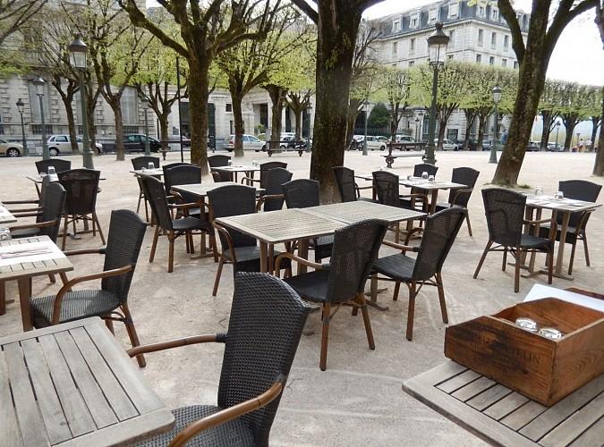 majestic_tables_dressées