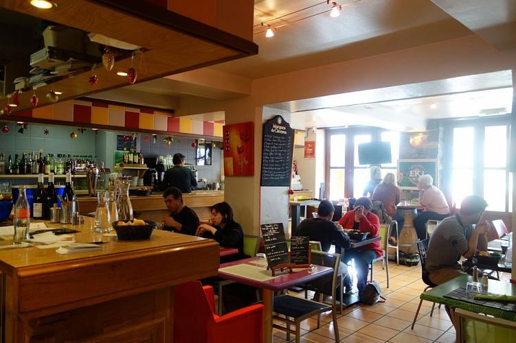 Bar restaurant les Platanes - 64120 saint-Palais (15)