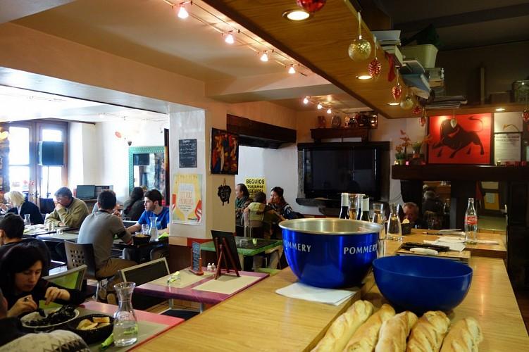 Bar restaurant les Platanes - 64120 saint-Palais (8)