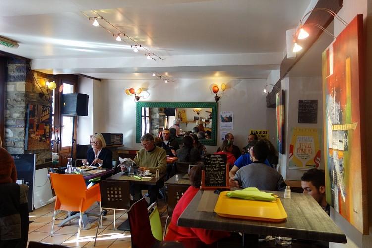 Bar restaurant les Platanes - 64120 saint-Palais (9)