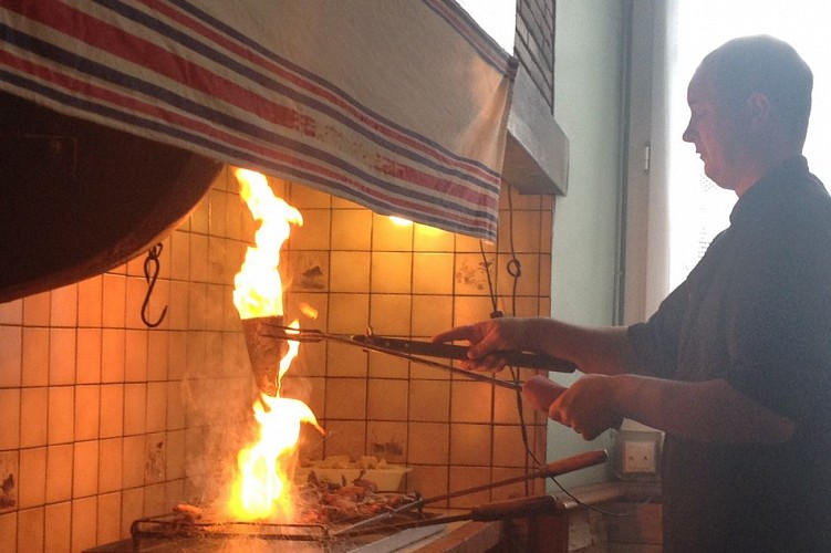 Restaurant-Lafitte---palombe-flambee