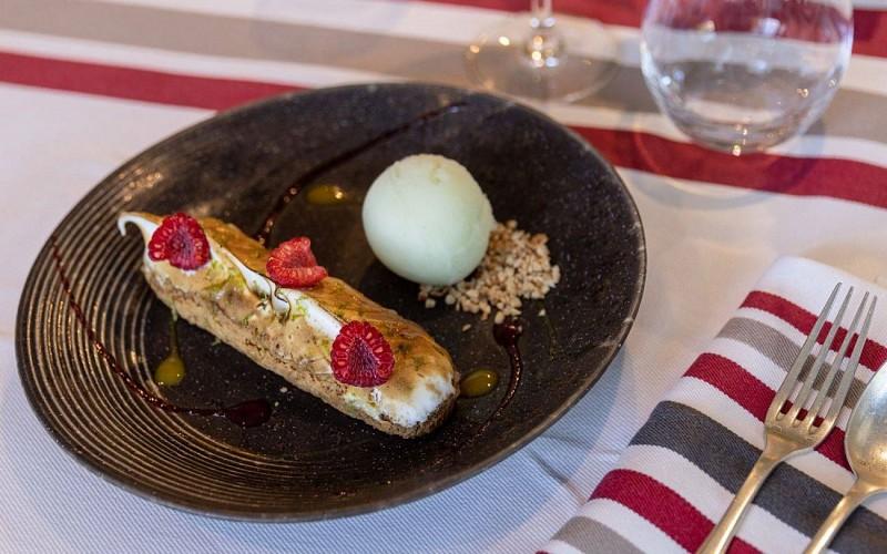Restaurant-LaNivelle-Table