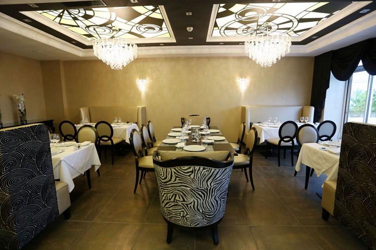 Restaurant Régina Iqori Biarritz salle de restaurant