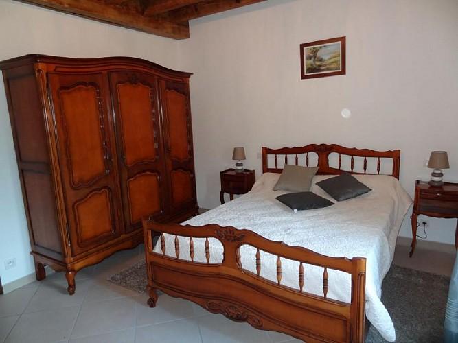 Maison Tambourin - Xantonia - Chambre lit double blanche - St Etienne de Baigorry