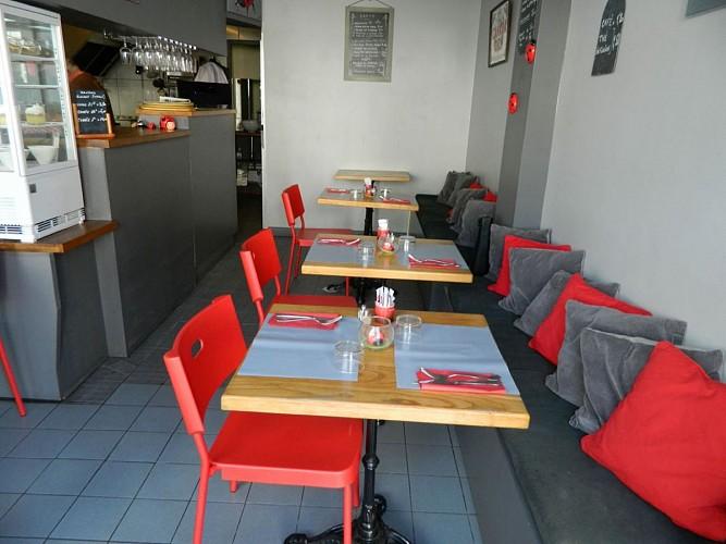 Restaurant-Biarritz-La-Bonne-Franquette-Table