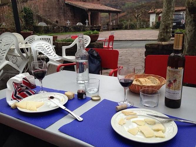 Hotel restaurant Barberaenea - terrasse - Bidarray