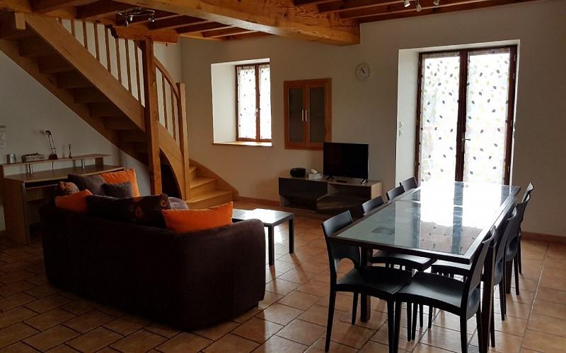 Gite av terrasse - salon séjour 3