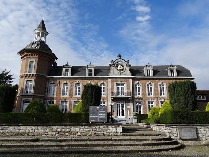 Château à l'Horloge (NBB16)