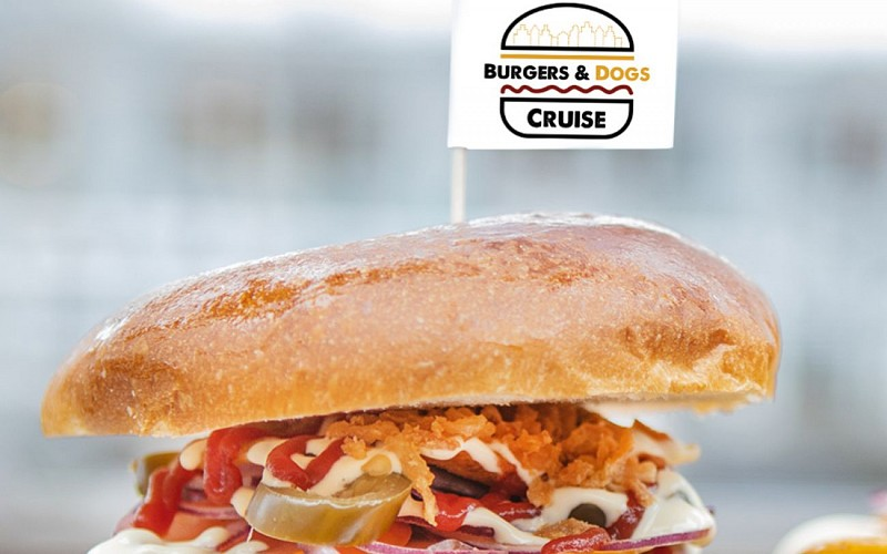 Burgers & Dogs Cruise