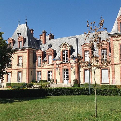 Château de Moncourt-Fromonville